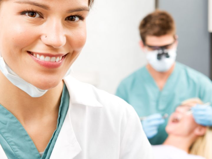 5 Reasons That Dentists Should Add Facial Aesthetics to Their Cosmetic Services