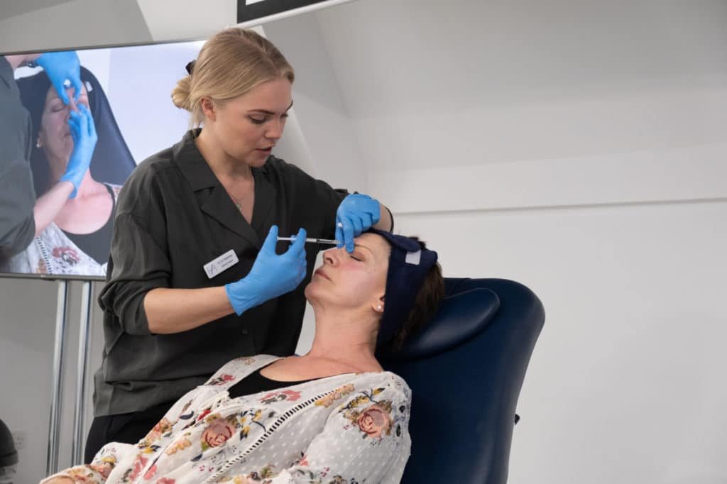 Level 7 Diploma - Dr Jo Hackney treats a patient with botox during an Observation Day